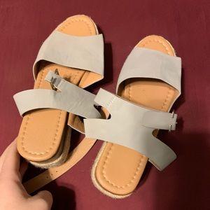 👠2for8👠 gray platform sandals